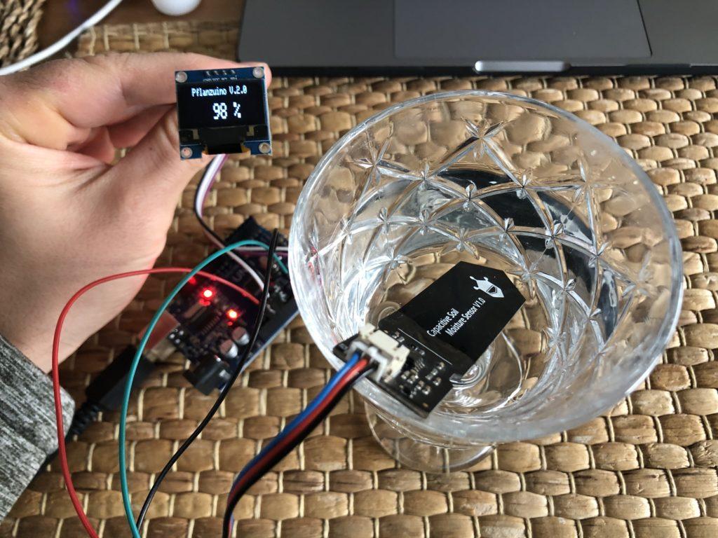 Pflanzuino V2 - Automatische Bewässerung - Feuchtigeitssensor - Feucht - Code - Display